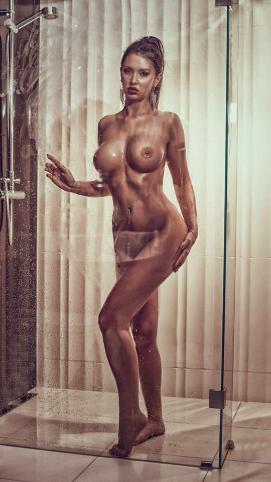 Anastacia thumb