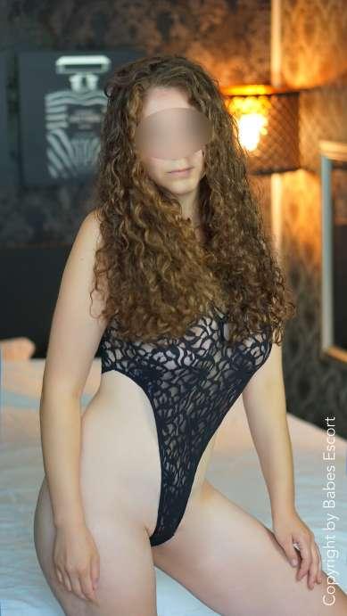 Sabrina photo 9