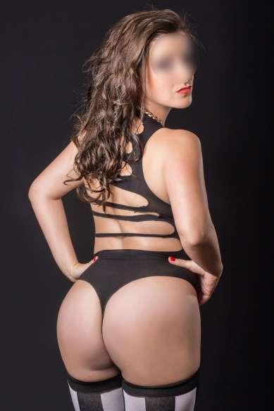 Tina photo 1